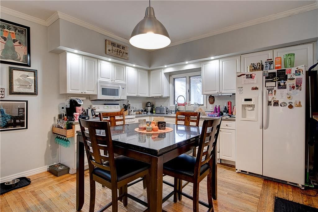 1555-Culver-Lower-kitchen-2